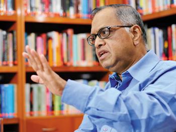 "Narayana Murthy, Infosys: ""High commitment is must"""