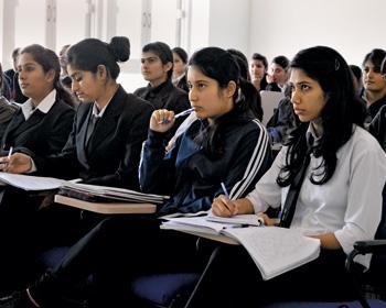 Women's Universities: Instilling good life