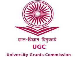 UGC Directs DU to begin admissions in 3-yr Structure; Protests continue on FYUP