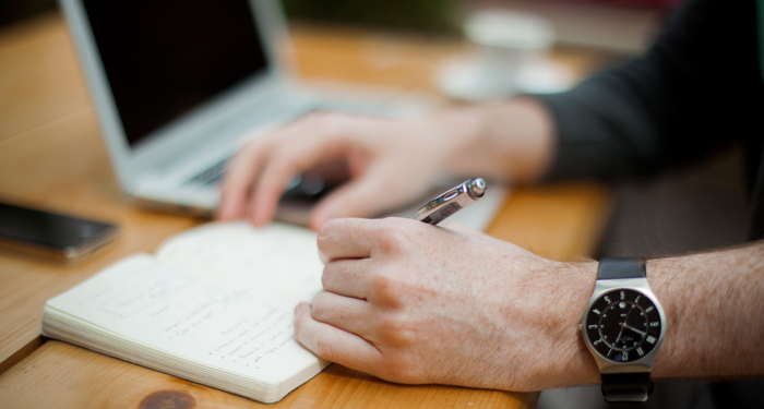 Difference between CV and Resume: Basic guide for graduate applications