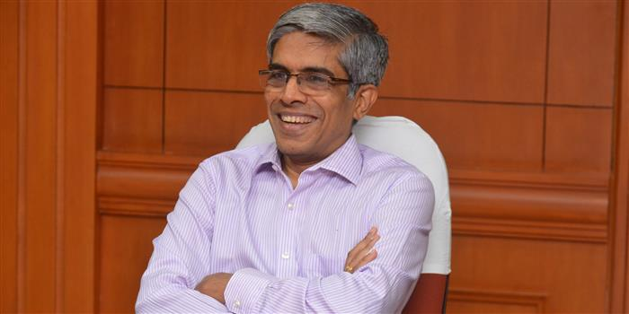 """Director Interview: Prof. Bhaskar Ramamurthi (IIT Madras) - """"Quality & quantity of our research must go up"""""""