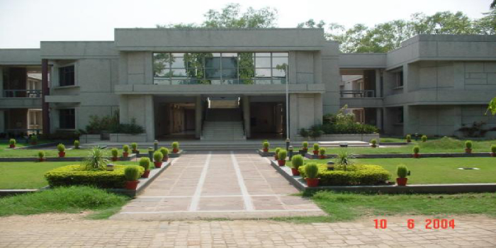 XLRI Jamshedpur Final Placement Report 2018 - Average salary offered stands at Rs. 20 lakh per annum
