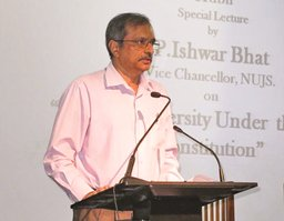 Prof_Ishwar_Bhat
