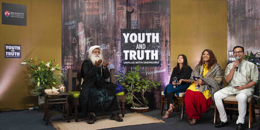 Sadhguru discusses Human Evolution and Future of Artificial Intelligence with students at Bennett University