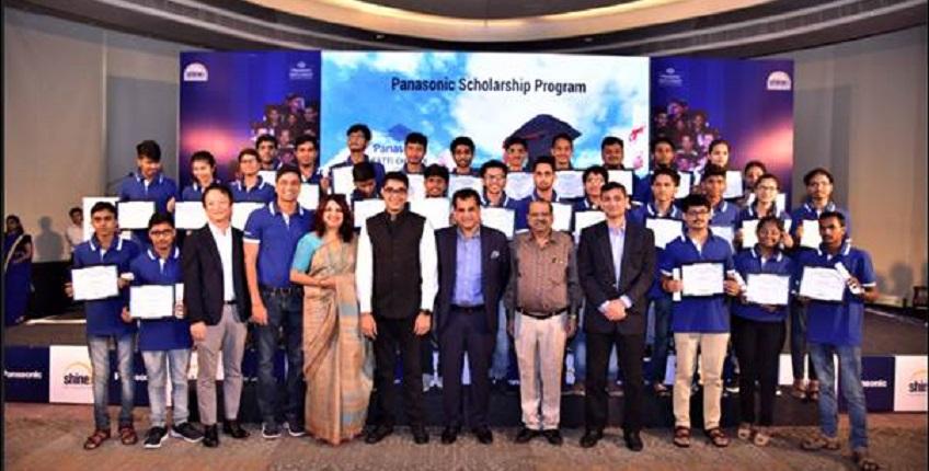 Panasonic awards 30 IIT students with Ratti Chhatr Scholarship
