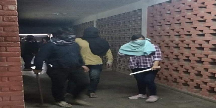 Delhi Police names 9, including JNUSU's Aishe Ghosh: Reports