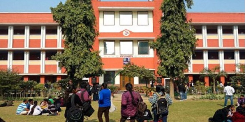 Salary woes ease for 12 DU colleges as Delhi Govt releases grants