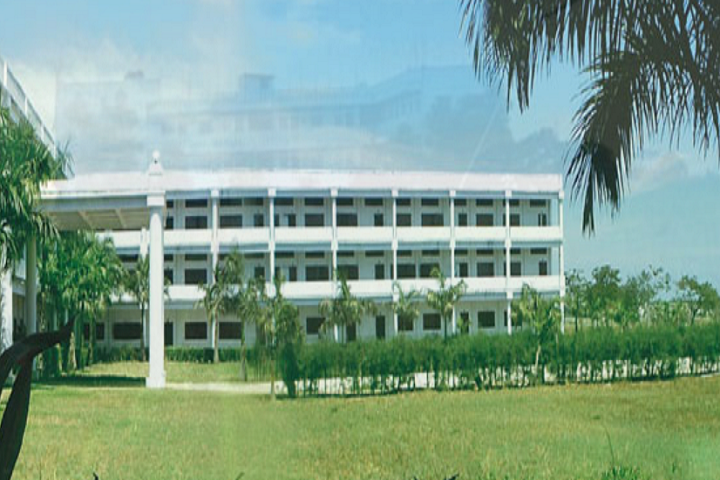 https://static.careers360.mobi/media/colleges/social-media/media-gallery/13138/2019/2/19/Campus View of Davinci School of Design and Architecture Chennai_Campus-View.png