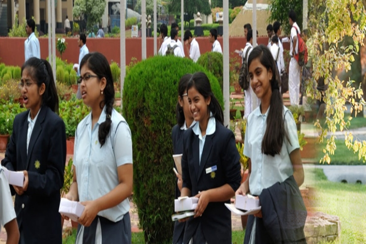 https://static.careers360.mobi/media/colleges/social-media/media-gallery/1566/2018/5/5/Indian-School-of-Business-Management-and-Administration-Chennai1.jpg