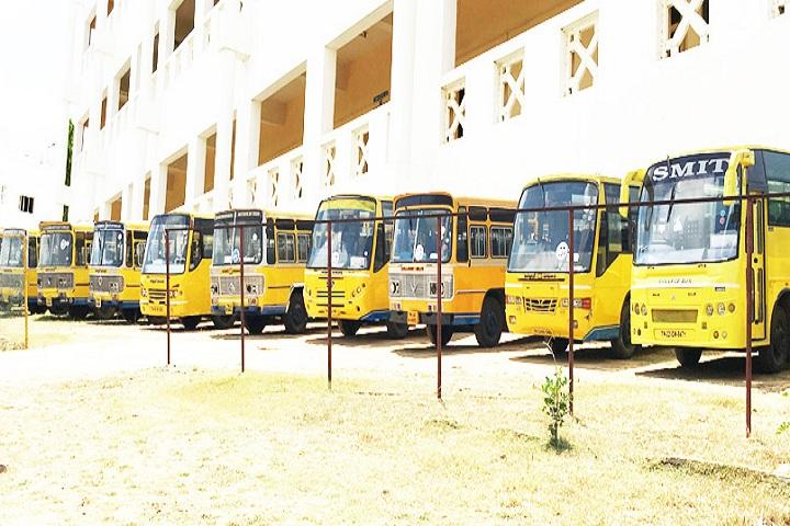 https://static.careers360.mobi/media/colleges/social-media/media-gallery/2982/2018/8/13/Sri-Muthukumaran-Institute-of-Technology-Chennai-TRANSPORT1.jpg