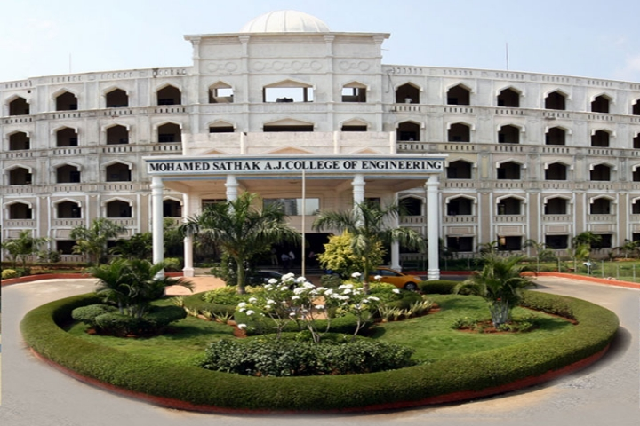 https://static.careers360.mobi/media/colleges/social-media/media-gallery/3726/2019/2/18/Campus View of Mohamed Sathak AJ College of Engineering Chennai_Campus-View.jpg