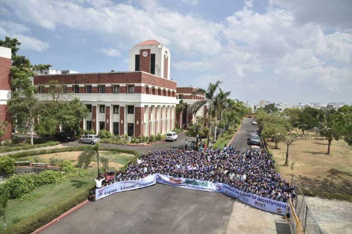 https://static.careers360.mobi/media/colleges/social-media/media-gallery/4011/2018/8/24/KCG-College-of-Technology-Chennai6.jpg