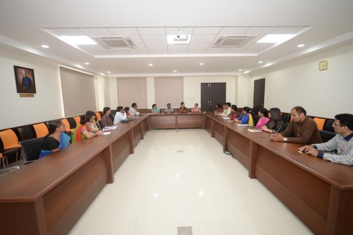https://static.careers360.mobi/media/colleges/social-media/media-gallery/6478/2018/8/3/Symbiosis-Law-School-Pune-Campus4.jpg