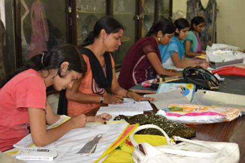Government Girls Polytechnic, Raipur - courses, fee, cut off