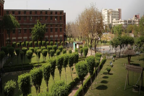 College of Engineering and Technology, IILM Academy of Higher