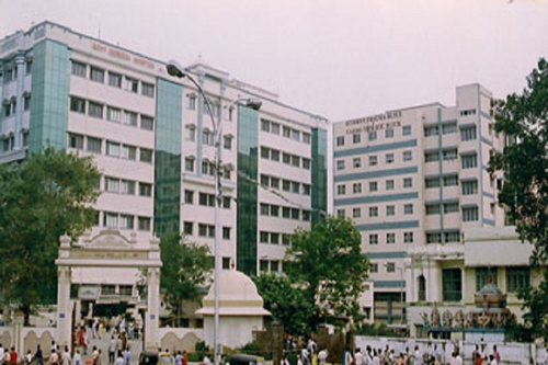 Madras Medical College, Chennai courses, fee, cut off, ranking, admission& placement