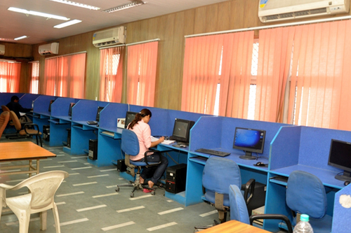 North Delhi Municipal Corporation Medical College, New Delhi