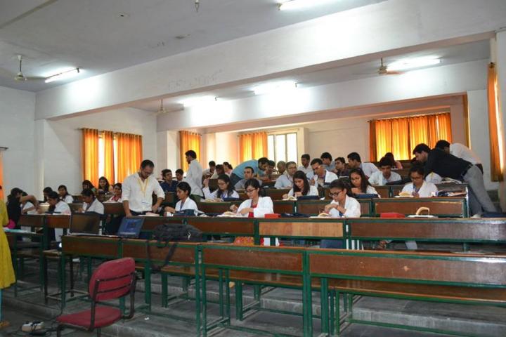 Santosh University, Ghaziabad  Santosh-University-Ghaziabad16