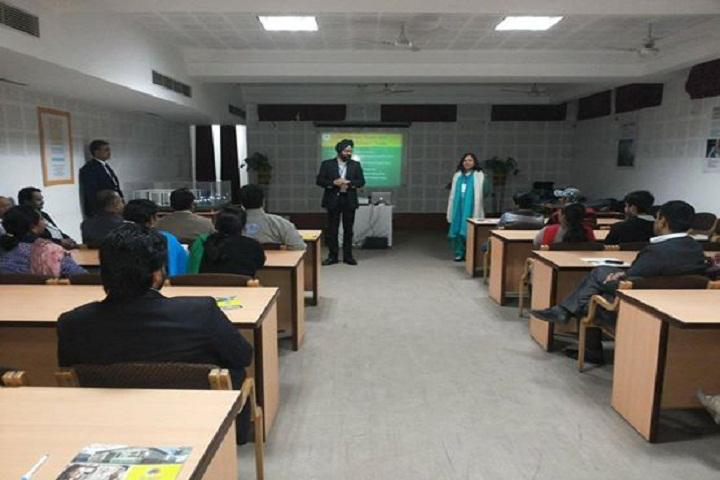 BML Munjal University, Gurgaon  Classroom of BML Munjal University Gurgaon_Classroom