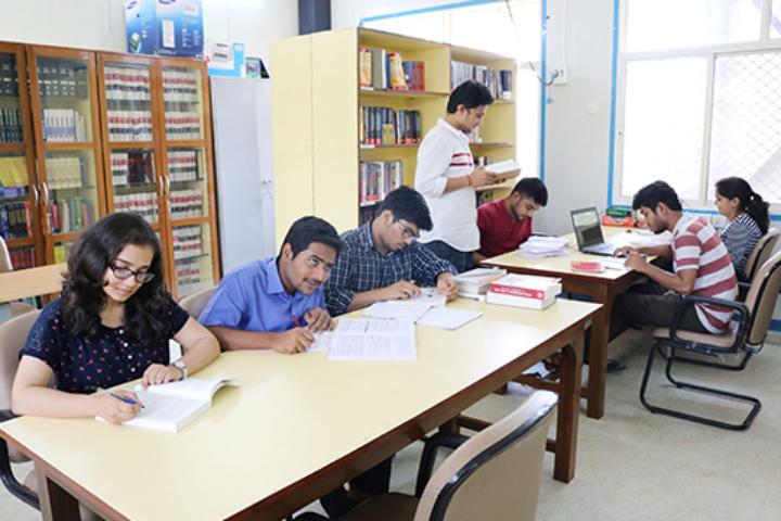 Maharashtra National Law University, Mumbai Reading area of Maharashtra National Law University, Mumbai