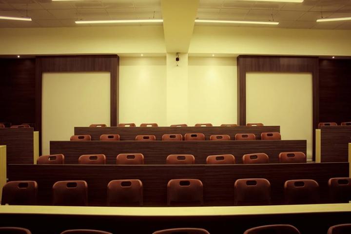 Ajeenkya DY Patil University, Pune  Ajeenkya-DY-Patil-University-Pune-Class-room1