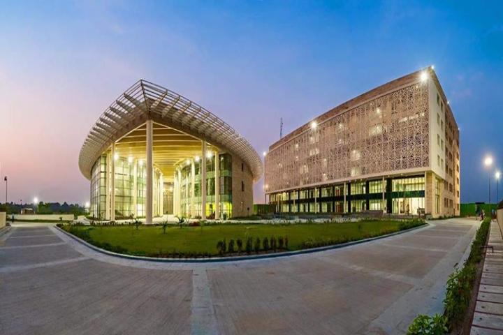 Amity University, Kolkata  Amity-University-Kolkata4