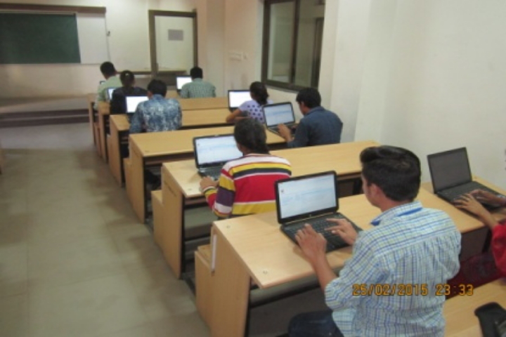 Kamdhenu University, Gandhinagar  IT-Lab of Kamdhenu University Gandhinagar