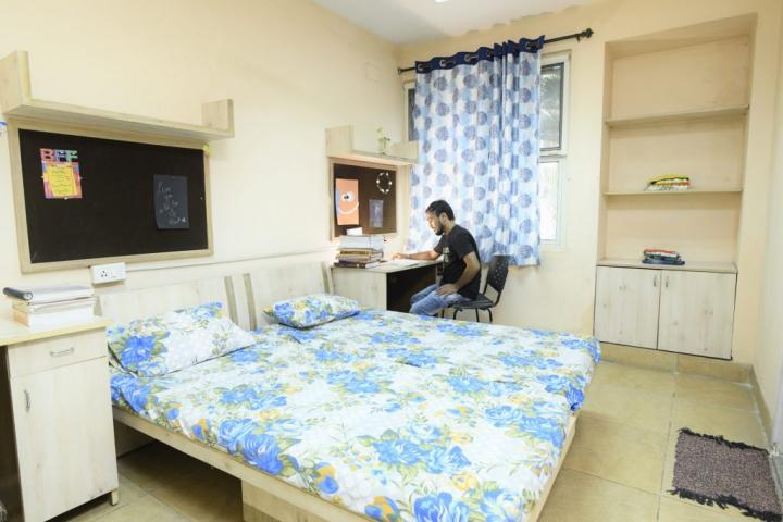 Karnavati University, Gandhinagar  Karnavati-University-Gandhinagar5