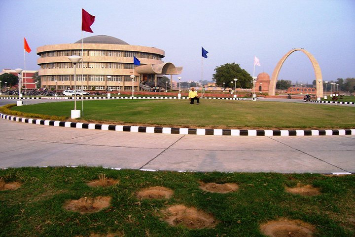 Guru Jambheshwar University of Science and Technology, Hisar  College Building View of Guru Jambheshwar University of Science and Technology Hisar