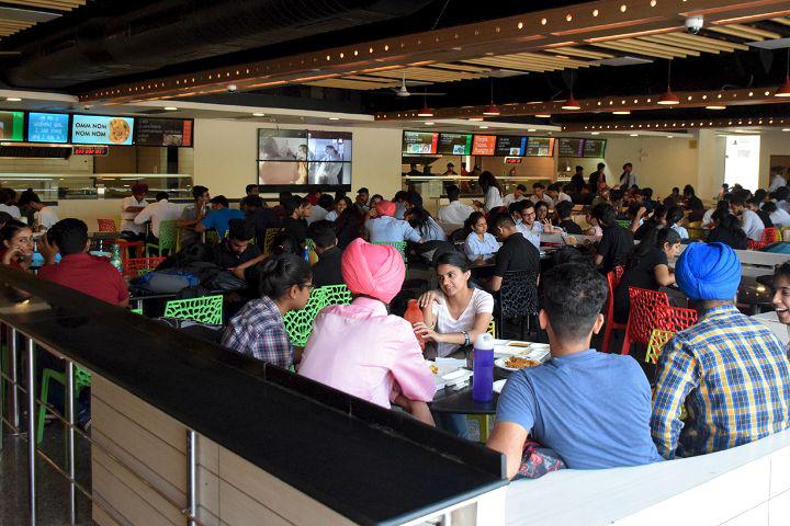 Chitkara University, Patiala  Cafeteria Chitkara University Patiala