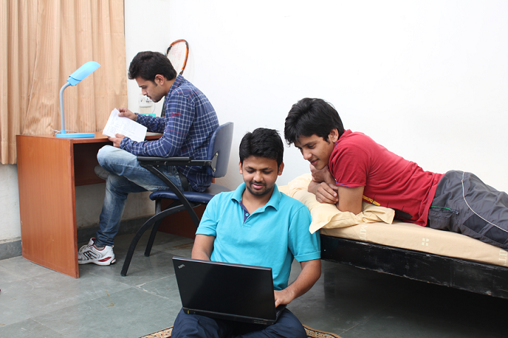 Amity University, Lucknow  Amity-University-Lucknow-(3)