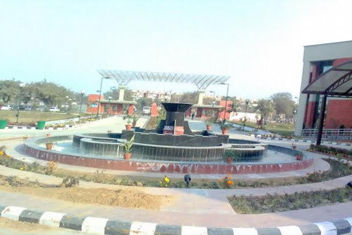 Guru Gobind Singh Indraprastha University, Delhi Inside View of Guru Gobind Singh Indraprastha University Delhi