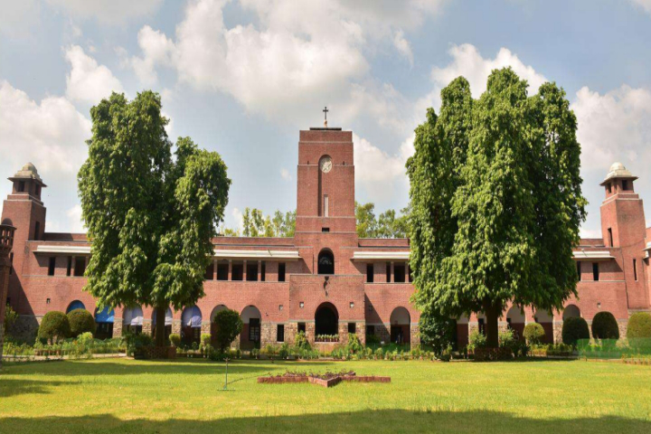 St Stephens College, Delhi - courses, fee, cut off, ranking