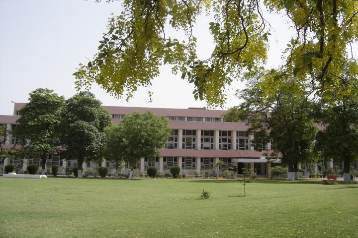 Pt Bhagwat Dayal Sharma Post Graduate Institute of Medical Sciences