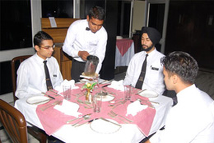 Institute of Hotel Management Catering and Nutrition, Gurdaspur  resorant1
