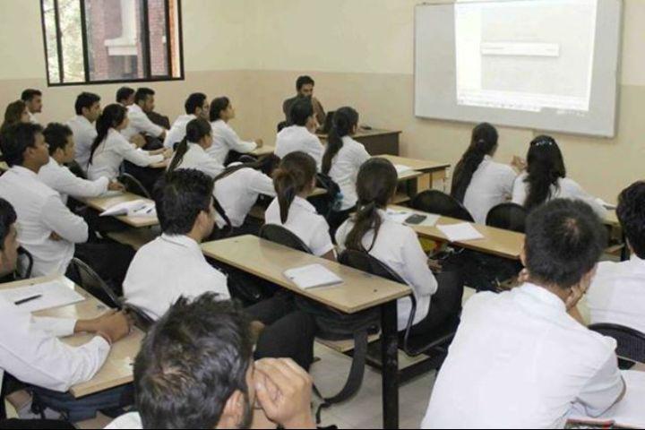 IMS Unison University, Dehradun  Smart classroom of IMS Unison University, Dehradun