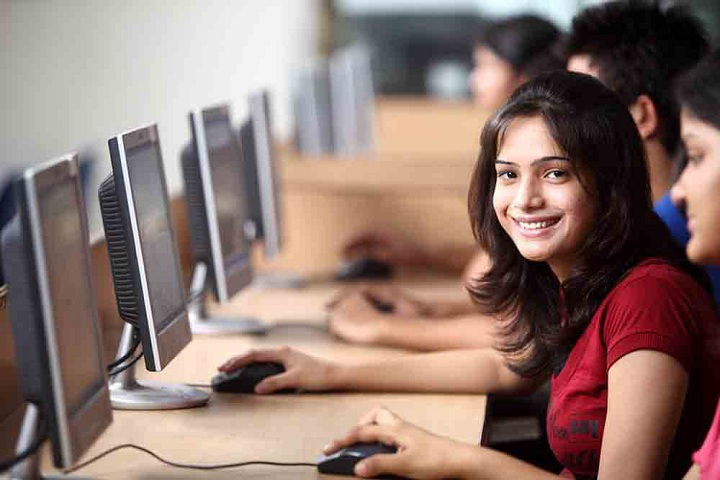 Anand College of Pharmacy, Agra  Anand-College-of-Pharmacy-Agra-lab