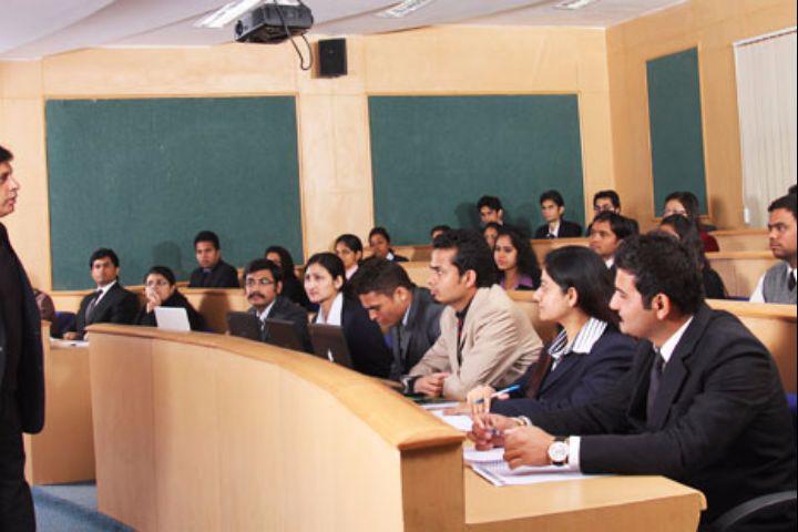 Amity University, Gwalior  AU-Gwalior13