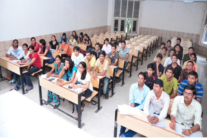 Dharmsinh Desai University, Nadiad  Classroom Of Dharmsinh Desai University Nadiad