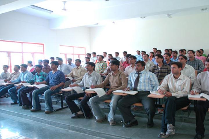 Chhatrapati Shahu Ji Maharaj University, Kanpur  Classroom of Chhatrapati Shahu ji Maharaj University Kanpur