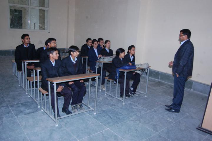Career Point University, Hamirpur  Career-Point-University-Hamirpur7