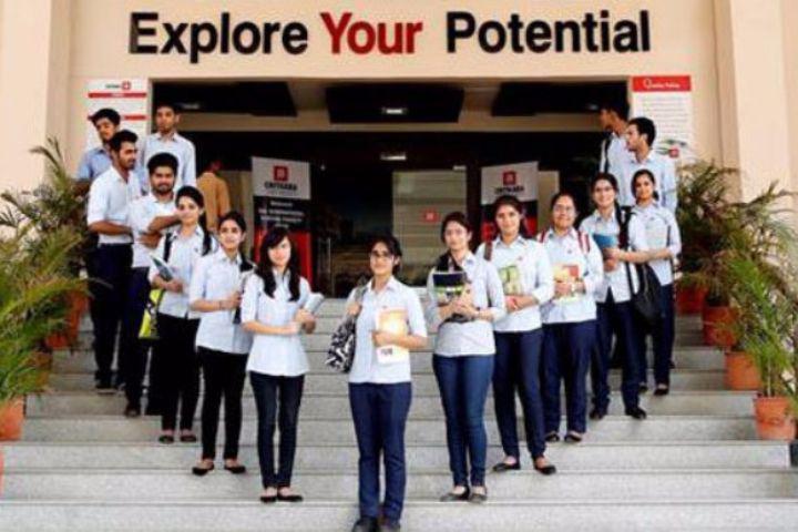 Chitkara University, Himachal Pradesh  University Students of Chitkara University Himachal Pradesh