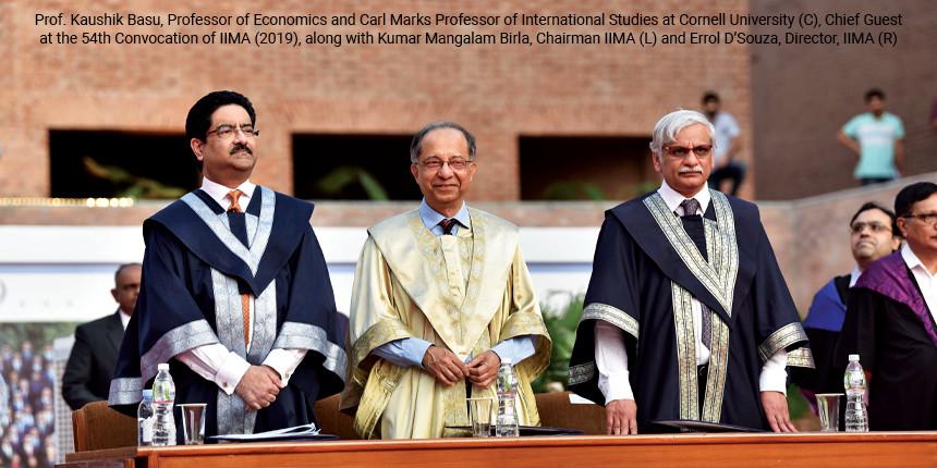 IIM graduates debut with degrees