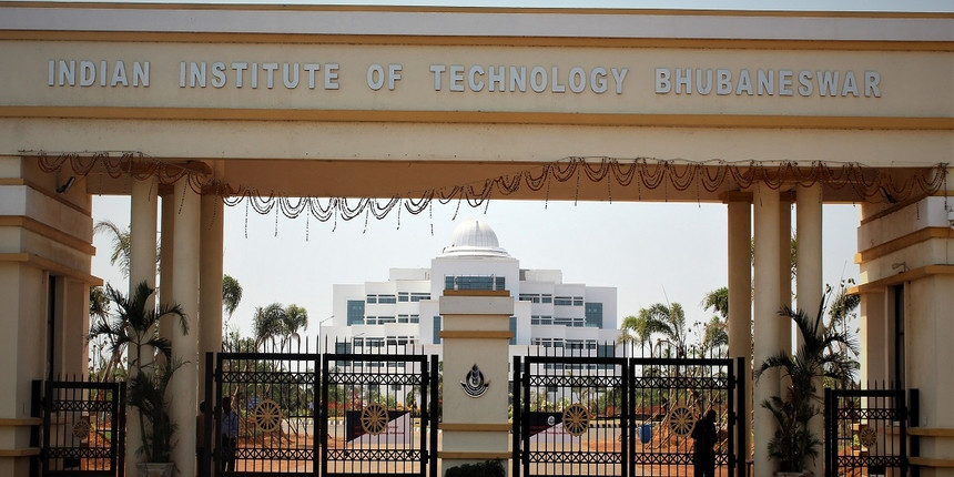 IIT Bhubaneswar holds its 8th annual convocation
