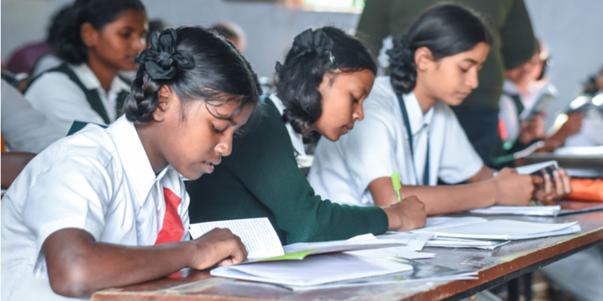 'Maintain discipline if chits are caught', UP teacher to students