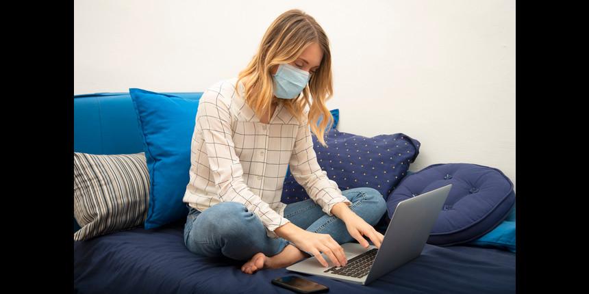 Coronavirus: Universities in the US shift to online classrooms