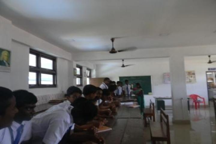 kamaraj english medium school - physics lab
