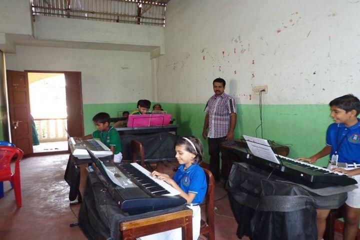 Teresa Spinelli Public School-Music Room