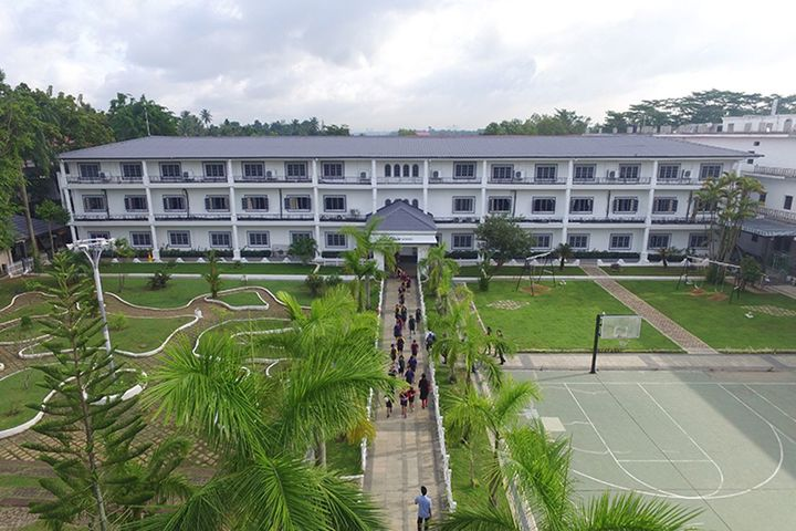 The Choice School-Upside View of Campus