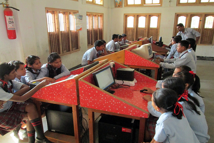 St. Peter s National Academy-IT Lab